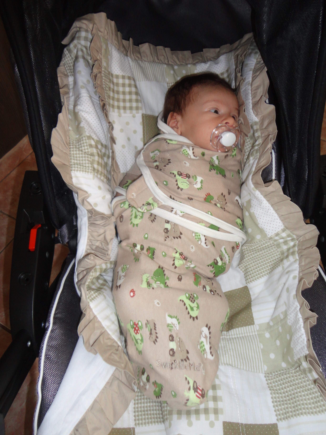 A regra dos 5 s para acalmar o bebê - swaddle