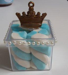 Festa de Príncipe: caixa acrílica personalizada