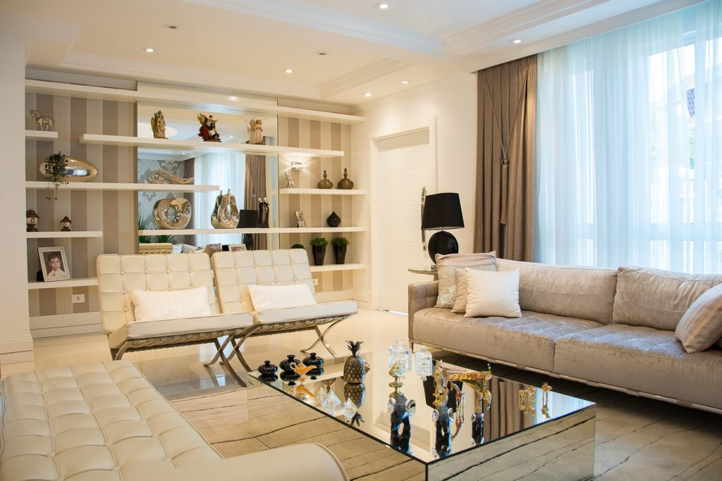 Como fazer um bom uso de almofadas na decoração