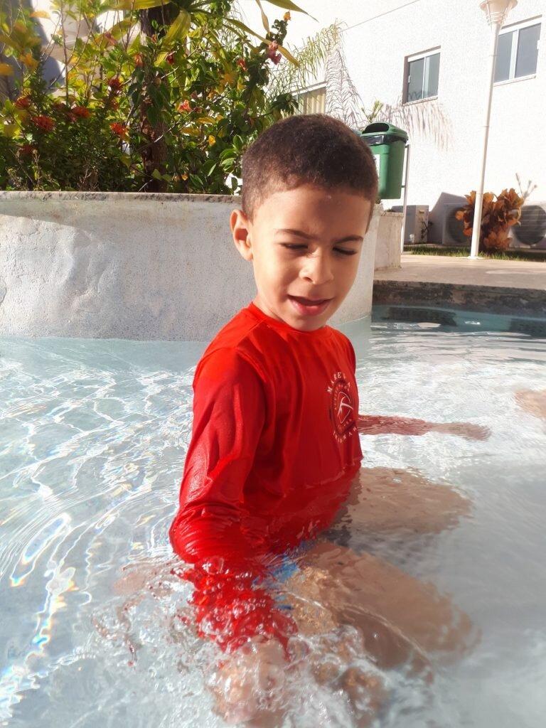 Piscina infantil do resort Encontro das águas parece prainha 1