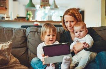 Trabalhar em casa e ser uma mãe empreendedora